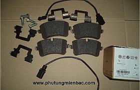 4H0698451A_Má phanh sau Audi A4 2011