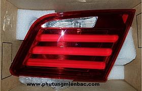 63217203226_Đèn hậu miếng trong phải BMW 530i 2014