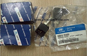 938102E000_Công tắc chân phanh Hyundai,Kia