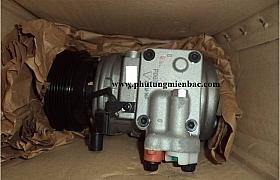 977011D100_Lốc điều hòa Kia Carens 2.0 máy xăng